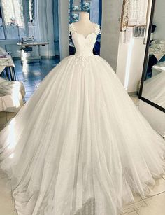Custom Made Comfortable Prom Dress Long, Wedding Dresses White, Lace White Wedding Dresses, Lace Wedding Dresses Princess Wedding Dresses, Dream Wedding Dresses, Bridal Dresses, Puffy Wedding Dresses, Prom Dresses, Long Ball Dresses, White Quinceanera Dresses, Evening Dresses, Dinner Dresses