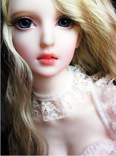 Lábios cor de rosa boneca doce