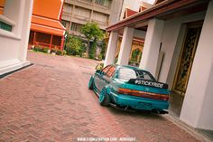 Nukung's Unique Toyota Corolla. I've never seen anything like it before. #Corolla #Toyota #Slammed http://www.stancenation.com/2014/07/29/sticky-ride-nukungs-unique-toyota-corolla/