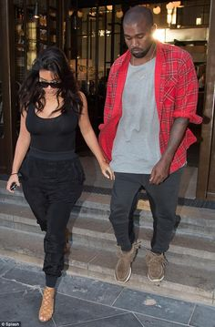 Pasta cravings: Kim Kardashian and Kanye West were spotting at Jamie Oliver's Italian rest...    7      2