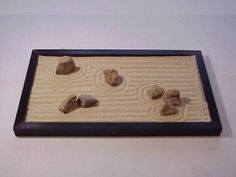 how to build your own miniature zen garden