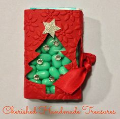 A treasure trove of craft and DIY home projects. Christmas Treat Bags, Kids Christmas, Christmas Bazaar Ideas, Xmas Ideas, Christmas Paper Crafts, Craft Show Ideas, Craft Sale, Craft Fairs, Tic Tac