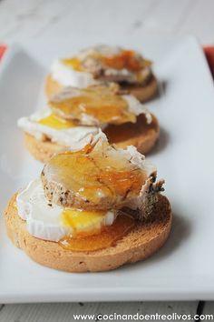 Tostas de solomillo a la sal con queso de cabra y naranja confitada. Paso a paso