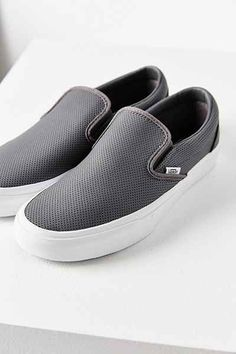 c2a6059191496a UrbanOutfitters.com  Awesome stuff for you  amp  your space Vans Shop