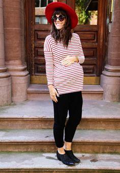 Naomi Davis of Love Taza blog, shares her maternity fashion tips.