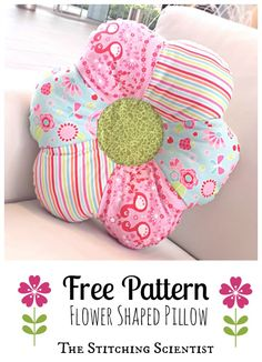 Sewing Cushions - Accent your little girl's room with this easy flower shaped pillow pattern using sewing scraps and 30 minutes. Sewing Projects For Beginners, Sewing Tutorials, Sewing Crafts, Sewing Tips, Sewing Blogs, Sewing Hacks, Sewing Ideas, Sewing Pillows, Diy Pillows