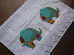Toalha de lavabo elefantes III