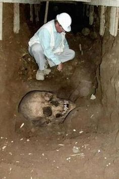 Historical Giant Skeletons of more then 4000 years old people, who were known as Qaum-e-Aad. Recently a gas exploration activity in the...