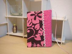 文庫本サイズのブックカバーです。裏地もかわいいですよ!!|ハンドメイド、手作り、手仕事品の通販・販売・購入ならCreema。
