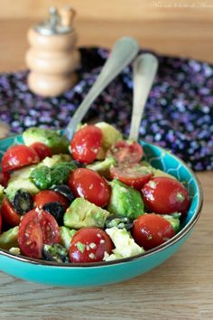 What Is Nutrition Food And Health Healthy Snacks, Healthy Eating, Healthy Recipes, Cena Light, Avocado Dessert, Tomate Mozzarella, Food Humor, Health And Nutrition, Health Tips