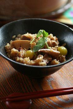 Japanese seasoned rice with bamboo shoot