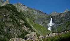 Le Cascate del Serio, impressionanti, sono le più alte d'Italia. Facili da raggiungere e da ammirare, appena pochi chilometri fuori da Bergamo