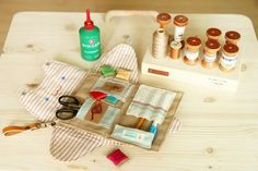 Sewing Purse Bag Organizer. DIY Photo Tutorial | don't even like cats, but this is cute.  too much work though.  please make it for me :)
