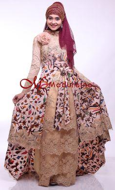 Kebaya Modern Batik Tulis Madura kombinasi tile berpayet http://batikmaduretno.com