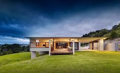 contemporary house by Fergus Scott Architects - front