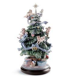 LLADRO - GREAT CHRISTMAS TREE Issue Year:   2009  Sculptor:  Virginia González