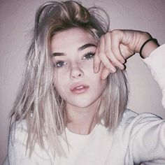 "||FC:Gtfosage||""Ello, I'm Yara."" I smile. ""I'm from Bristol England, and I'm 17 years old. I love photography and tea. I also enjoy some music. I smoke, and I may or may not have a drinking problem."" I grin. ""I'm single. Introduce if you want. I don't bite... hard."" I smirk."