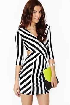 Shop the Trend: Monochrome fashion pieces for your Spring wardrobe Fashion Prints, Love Fashion, Girl Fashion, Fashion Design, Ladies Fashion, Sexy Dresses, Beautiful Dresses, Short Dresses, Pretty Dresses