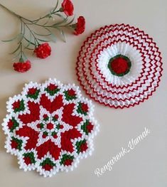 Disposable Face Mask with Earloop, Breathable and Comfortable for Personal Care Protection Masks) Crochet Cross, Crochet Motif, Crochet Doilies, Crochet Flowers, Knit Crochet, Easy Knitting Patterns, Weaving Patterns, Hand Work Design, Rugs