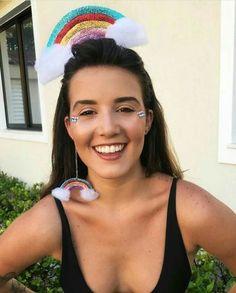 Glitter Nail Tips Burlesque Costumes, Carnival Costumes, Cute Halloween Costumes, Cool Costumes, Costume Makeup, Costume Dress, Estilo Burning Man, Glitter Carnaval, Glitter Hair Spray