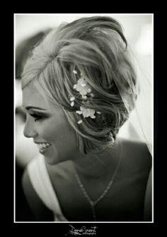 Idee per acconciature da sposa con i capelli corti