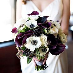 Purple Wedding Flowers Violetta Flowers - Vero Suh Photography - bouquet with calla lilies, berries and ranunculus Black Calla Lily, Purple Calla Lilies, Purple Bouquets, Purple Wedding Flowers, Rustic Wedding Flowers, Bridal Flowers, Floral Wedding, Lilies Flowers, Deep Purple Wedding