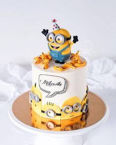 All Time Easy Cake : This image may contain: 1 black . Sweet Cakes, Cute Cakes, Fondant Cakes, Cupcake Cakes, Bolo Cake, Character Cakes, Novelty Cakes, Cake Creations, Creative Cakes