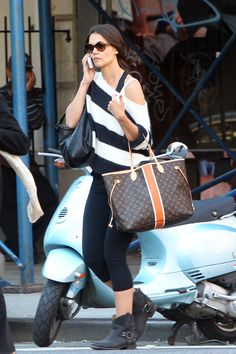 Kate Holmes with her Louis Vuitton Mon Monogram Neverfull Tote