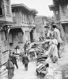 1919 Istanbul - büyük yangından kaçanlar
