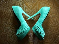 Find images and videos about blue, shoes and high heels on We Heart It - the app to get lost in what you love. High Heels Outfit, High Shoes, Black High Heels, High Heel Boots, High Heel Pumps, Pumps Heels, Comfortable High Heels, Color Wow, Loafers For Women