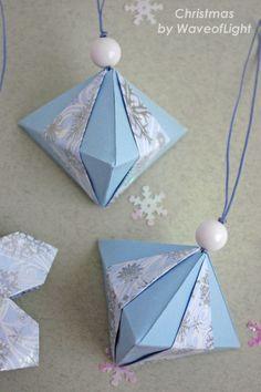 Origami ornaments. Christmas paper ornaments