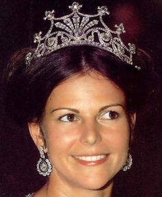 Tiara Mania: diamond / Queen Silvia of Sweden; Royal Crown Jewels, Royal Jewelry, Jewellery, Royal Tiaras, Tiaras And Crowns, Royal Crowns, Queen Sophia, Crown Princess Victoria, Queen Victoria