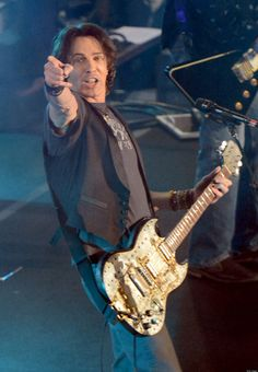 Rick Springfield - He's pointing right at me!!!