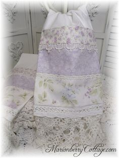 PAIR Guest towels shabby chic lavender roses with doily hems