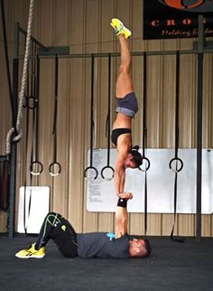 OMG, this. I want to be able to do this. Getting so close on my stand-alone handstand, now to just transition to the hub's hands!