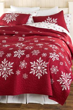 Our exclusive Falling Snow Embroidered Quilt Set is a winter wonder. This quilt features a printed snowflake design with hand guided stitching around each sn… Diy Christmas Fireplace, Diy Christmas Snowflakes, Blue Christmas, Christmas Home, Christmas Decorations, Christmas Ideas, Fireplace Ideas, Fireplace Design, Rustic Christmas