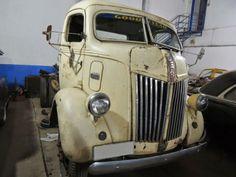 Caminhão Ford COE 1946