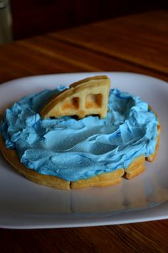 Wouldn't the kids love to have these for breakfast?  *Random Thoughts of a SUPERMOM!*: Shark Week Waffles
