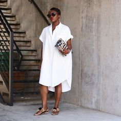 54 Popular Little White Dress Ideas Summer Dress Outfits, Casual Dresses, Casual Outfits, Boyfriend Shirt Dress, Look Fashion, Fashion Outfits, Casual Chique, Looks Plus Size, Little White Dresses