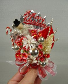 vintage corsage. I want this!