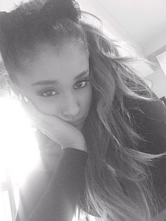 After letting her hair down at the MTV EMA, Ariana Grande just had to bring back her cat ears! The singer posted this super serious black and white selfie, showing off her bright white manicure and pretty eye makeup. Cat Valentine, Tiffany Mason, Ariana Grande Selfie, Victorious, Sweet California, Celebrity Selfies, Celebrity Photos, Bae, Dangerous Woman