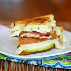 Green Apple, Bacon, Gouda and Havarti Grilled Cheese.