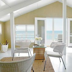 This midcentury beach house in Florida is big on natural sunlight and groovy modern style. Coastalliving.com