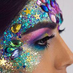 Peacock palette #shineshack #spreadingoursparkle Look we created with @ameliajmua