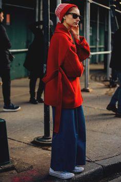 Dal 5 al 14 febbraio seguiremo con voi tutto il meglio dello Street Style visto alla New York Fashion Week