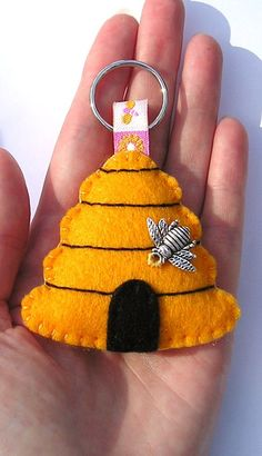 Beehive Key ring