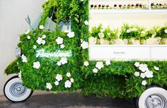 at the fendi ginza pop up store in tokyo, japanese artist azuma makoto has turned a piaggio APE scooter into a mobile flower shop. Pop Up, Fendi, Pantone 2017 Colour, Pantone Greenery, Color Of The Year 2017, Tokyo Shopping, Bouquet, Bath And Beyond Coupon, Retail Design