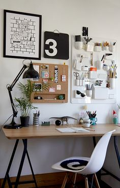 We visit the home of Life Store manager Sahra Mist to talk London living, favourite Life Store items and the perfect Sunday. Home Office Inspiration, Workspace Inspiration, Room Inspiration, Home Office Setup, Home Office Space, Home Office Design, Study Room Decor, Room Decor Bedroom, Bedroom Workspace