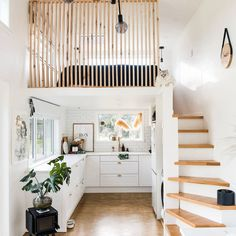 Tiny House Loft, Best Tiny House, Tiny House Living, Tiny House On Wheels, Inside Tiny Houses, Tiny Loft, Home And Living, Living Room, Small House Design