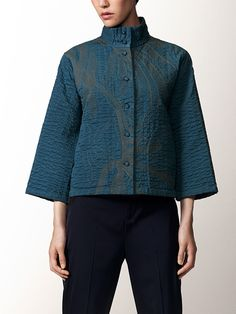 Centering on high-quality textiles developed in Japan with crafting techniques from India, HaaT offers a range of long-lasting clothes and accessories with a handcrafted touch. Issey Miyake, Knitting Ideas, Japanese Fashion, Kenzo, Textiles, Indian, Sewing, Pretty, Fabric